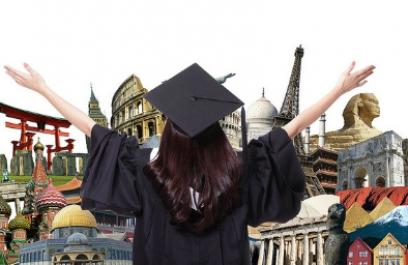 Uno de cada 10 becarios estudia en el extranjero