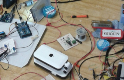 Diseñan prototipo de estroboscopio para monitoreo de maquinaria